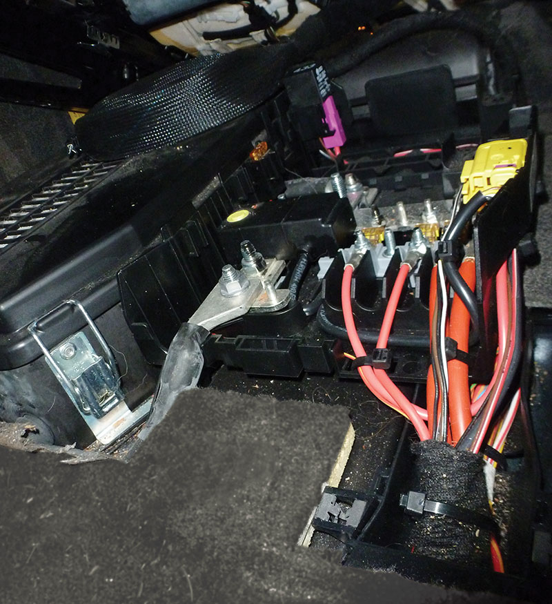 VW Wire Harness Inspection and Repair - Automotive Tech InfoAutomotive Tech Info