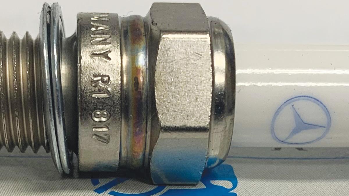Mercedes-Benz Spark Plug Procedures and Precautions